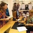 Rebecca Hetherington ed Eleonora Tadolini sono la prima coppia ad avere presentato la documentazione per iscrivere il loro matrimonio, celebrato all'estero, nell'archivio di stato civile di Bologna07