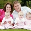 Gb, donna con due uteri dà alla luce tre gemelli02