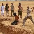 Isis, i jihadisti del Kosovo: tagliano teste e postano le foto su Facebook01