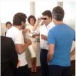Matteo Renzi prova i Google Glass01