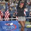 Tennis, Serena Williams trionfa negli US Open04