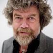 Reinhold Messner compie 70 anni: festeggia con un falò in montagna 4