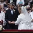 Papa Francesco sposa 20 coppie di Roma, anche conviventi e con figli 09
