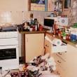 """Chiude figlio in stanza discarica sanza cibo """"Troppo occupata a far sesso"""" FOTO8"""