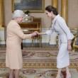 Angelina Jolie riceve titolo Dama di Gran Croce dalla Regina Elisabetta07