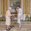 Angelina Jolie riceve titolo Dama di Gran Croce dalla Regina Elisabetta05