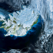 L'Islanda ha più terra coperta da ghiacciai di tutta l'Europa continentale. Ospita vulcani, laghi, 800 sorgenti di acqua calda e 320 mila abitanti