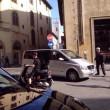 Justin Bieber senza casco in motorino a Firenze04