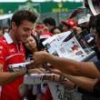 Gp Giappone F1, vince Hamilton. Incidenti per Sutil e Bianchi, grave il pilota 8