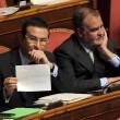 M5S, barricate in Senato e monetine sul governo. Voto a rischio slittamento12