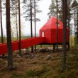 Svezia, Tree Hotel: dormire nel nido di uccello, nel cono blu, nella cabina04