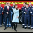 Kate Middleton incita al quarto mese, in Galles con William: il pancino cresce FOTO17