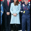 Kate Middleton incita al quarto mese, in Galles con William: il pancino cresce FOTO15