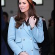 Kate Middleton incita al quarto mese, in Galles con William: il pancino cresce FOTO10