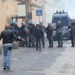 Napoli, scontri davanti Città scienza a Bagnoli: sassi contro polizia17