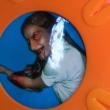 Bacchetta col demone che si taglia le vene: gioco per bambini fa discutere01