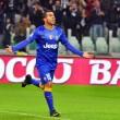 Juventus in azzurro con bordi gialli. Sono i colori di Torino, almeno...