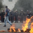Città del Messico, scontri davanti parlamento per 43 studenti scomparsi01