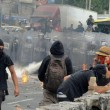Città del Messico, scontri davanti parlamento per 43 studenti scomparsi015
