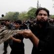 Ashura, il rito degli sciiti musulmani: uomini frustati e tagliati con catene e coltelli7