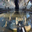 Londra: Tower Bridge, nuovo pavimento di vetro03