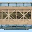 Londra: Tower Bridge, nuovo pavimento di vetro04