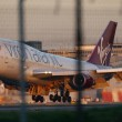 Londra, aereo Virgin atterra con un solo carrello012