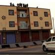 Siria, buttato dal tetto e lapidato. Isis pubblica le foto su Twitter 05