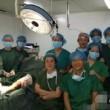 Cina, selfie in sala operatoria accanto al paziente: medici sanzionati04