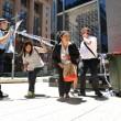 Sydney, 5 ostaggi liberati: cameriera tra le braccia dei poliziotti FOTO-VIDEO 5