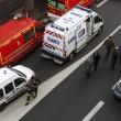 Parigi, spara a 2 agenti e fugge02