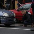 Parigi, spara a 2 agenti e fugge12