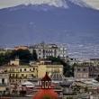 Vesuvio, cima e fianchi ricoperti di neve