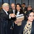 Amal Alamuddin, moglie George Clooney in aula per difendere gli armeni07