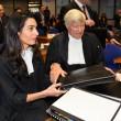 Amal Alamuddin, moglie George Clooney in aula per difendere gli armeni04