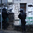Charlie Hebdo, killer asserragliati falsa pista. Caccia all'uomo in Piccardia 9