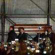 Pino Daniele, funerali Napoli: folla canta in piazza Plebiscito09
