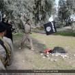 Isis, FOTO esecuzioni online: lapidati, crocifissi, lanciati. Un monito?6
