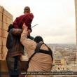 Isis, FOTO esecuzioni online: lapidati, crocifissi, lanciati. Un monito?2