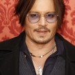 ohnny Depp stanco, ingrassato e con denti gialli