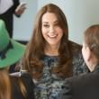 Kate Middleton, sesto mese gravidanza: all'evento benefico è sorridente e in forma 12