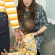 Kate Middleton, sesto mese gravidanza: all'evento benefico è sorridente e in forma 4