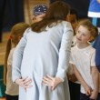 Kate Middleton, sesto mese gravidanza: all'evento benefico è sorridente e in forma 09