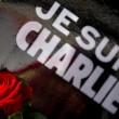 """Parigi marcia contro terrore. La matitona simbolo: """"Not afraid"""" 03"""