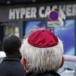 Parigi, ostaggi negozio kosher salvi perché si erano chiusi nella cella frigo