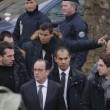 Charlie Hebdo, VIDEO YouTube: terroristi uccidono poliziotto in diretta02