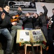 Pino Daniele, flash mob Piazza del Plebiscito10