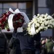 Pino Daniele, funerali Roma: lungo applauso accoglie feretro in chiesa 01