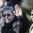 Pino Daniele, funerali Roma: lungo applauso accoglie feretro in chiesa 18