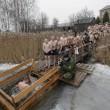 Mosca, tuffo nell'acqua ghiacciata per l'Epifania ortodossa02